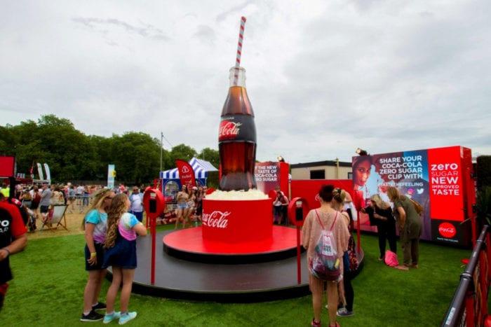 coca_cola_outdoor_led_screen